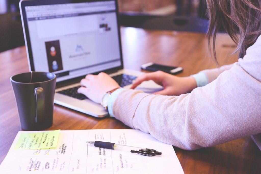 las redes sociales de tu empresa (community manager)